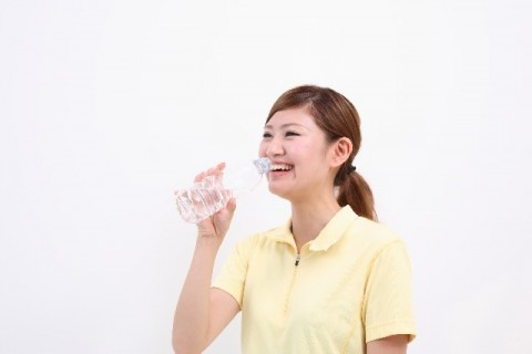 水を飲むと健康になるって本当?