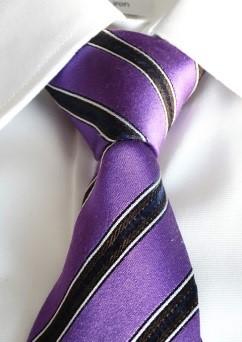 体型別ネクタイの結び方