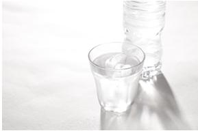 脱水の代表症状!頭痛・めまい・しびれの対処法